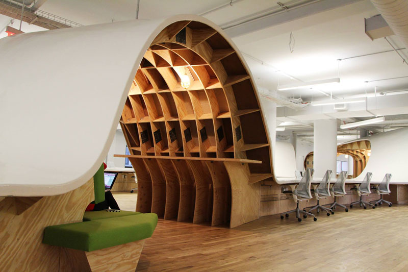 barbarian group nyc superdesk one giant office desk by clive wilkinson architects machineous (3)
