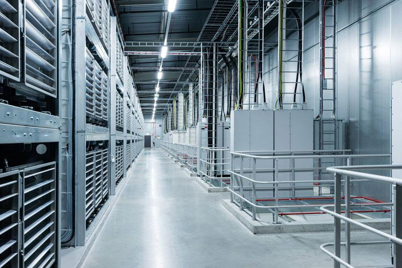 inside facebook data center lulea sweden (15)