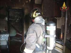 Incendio appartamento1