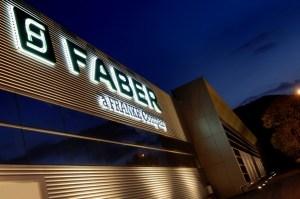 Faber pronta ad assumere