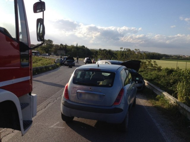 Incidente sulla Sp a Chiaravalle