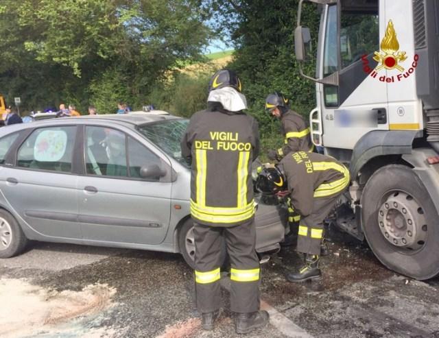 Incidente strada del Vallone