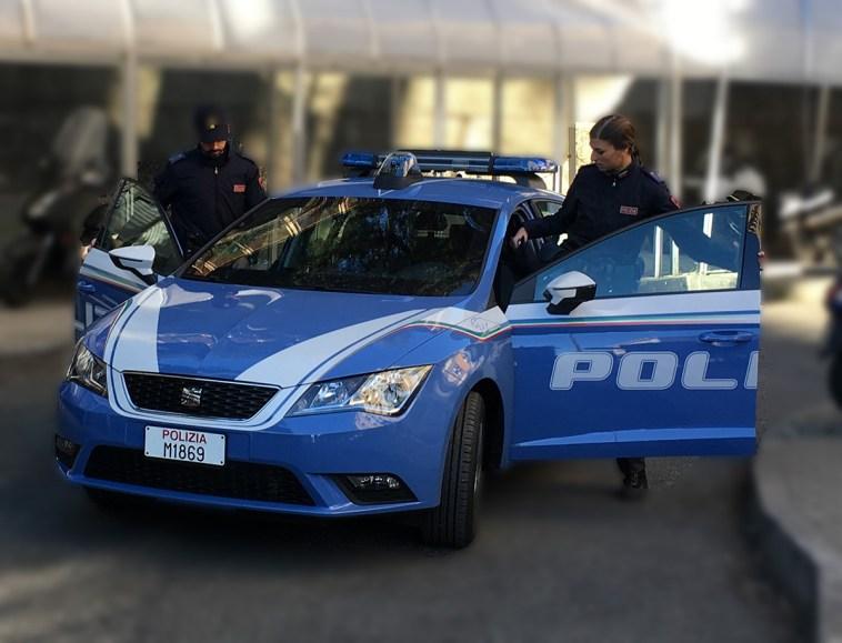 Polizia, arrestato 20 per tentato furto a distributore cannabis light