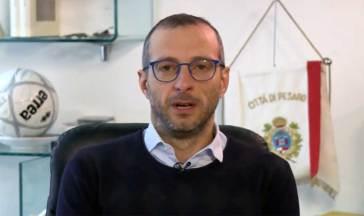 Coronavirus, No Vax sotto casa del sindaco Ricci di Pesaro