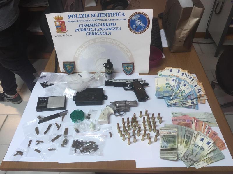 Armi e droga in casa: arrestato pregiudicato a Cerignola