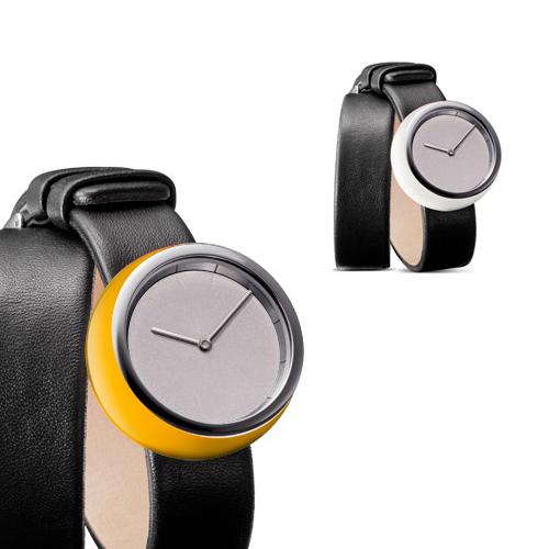 Tamawa horloge - TW35 40 met lange leren band en een extra bal