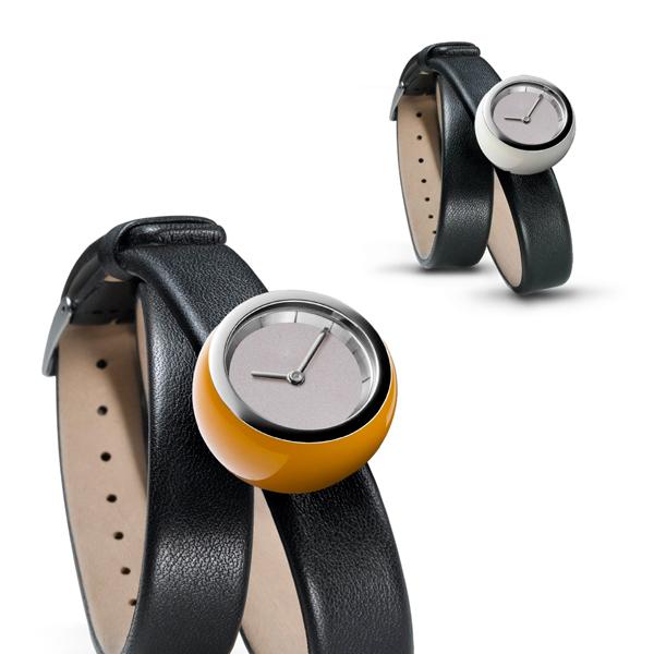 Tamawa horloge - TW27 met lange leren band en een extra bal