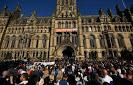La politica e la morte a Manchester.