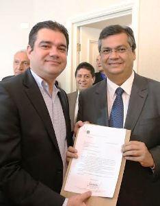 Marreca entrega documentos com suas emendas ao governador