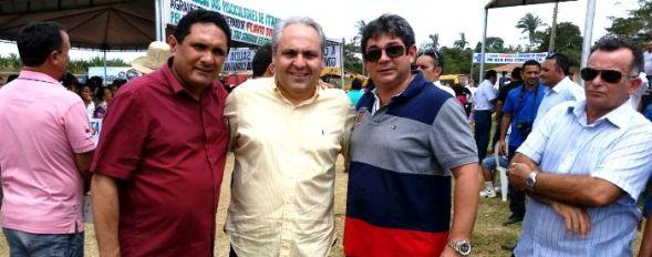 Marcelo Tavares e os candidatos da oposição aos comunistas em Cajapió
