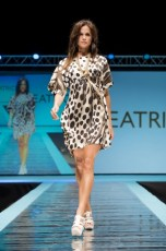 "Defile-122 Images tagged ""defile"""