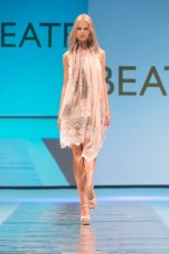 "Defile-123 Images tagged ""defile"""