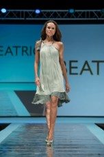 "Defile-124 Images tagged ""defile"""