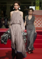 "Defile-139 Images tagged ""defile"""