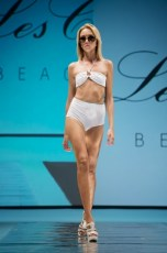 "Defile-164 Images tagged ""defile"""