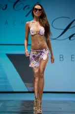 "Defile-166 Images tagged ""defile"""