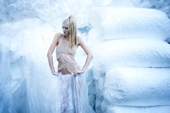 "Frozen-212 Images tagged ""moda"""