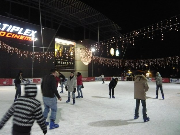 Pista di pattinaggio su ghiaccio Borgonovo
