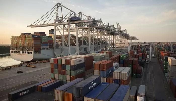 Exportadores dizem que Receita mudou entendimento e vai cobrar IOF de valores vindos do exterior
