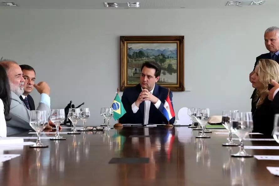 Paraná e Paraguai discutem infraestrutura e agronegócio