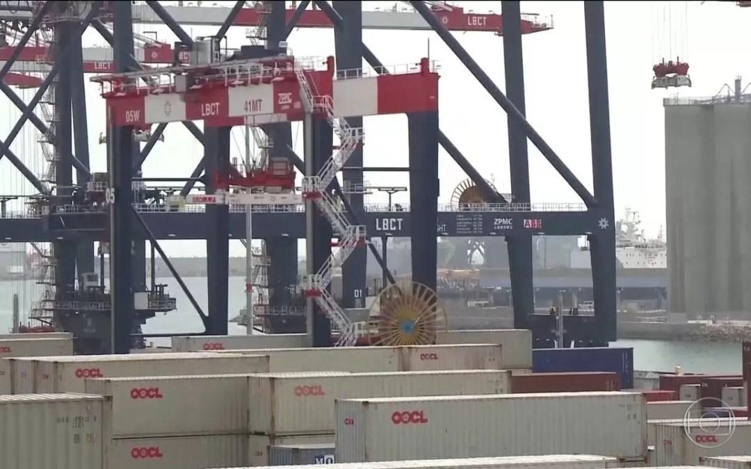 Guerra comercial entre EUA e China beneficia Brasil no curto prazo, diz CNI