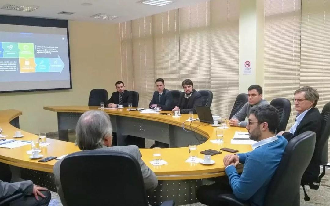 Portos do Paraná apresenta projetos para setor produtivo