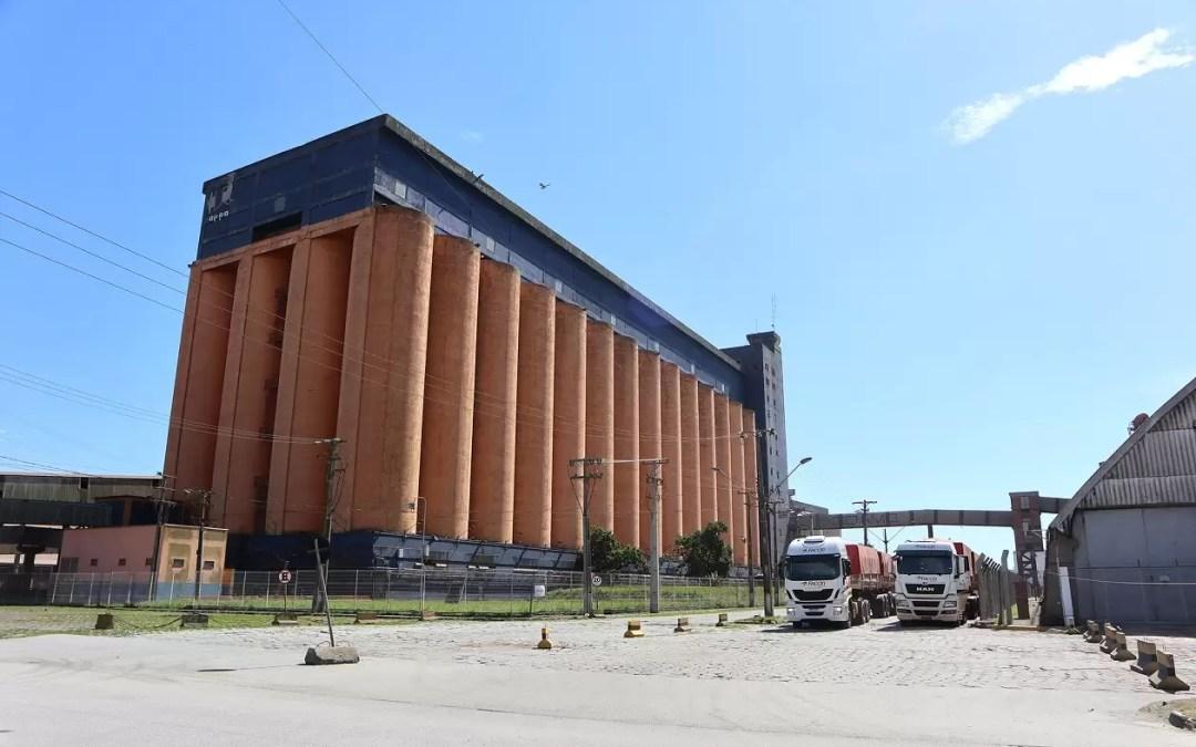 Porto de Paranaguá se prepara para movimentar a próxima safra