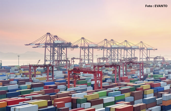 Corrente de comércio cai 5,9% e balança comercial fecha 1º. semestre com superávit de US$ 23 bilhões