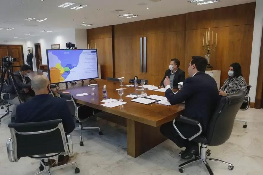 Governador destaca vocações regionais em fórum mundial sobre desenvolvimento econômico