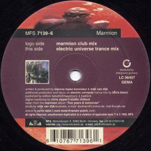 """Das Label der Rückseite von """"Five Years & Tomorrow"""" von Marmion"""