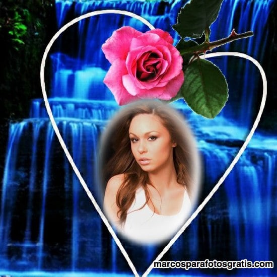 marco de fotos de cascada con rosa