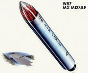 الولايات المتحدة لحفظ السلام للصواريخ وكان نظام تقديم MIRVed. الصواريخ يمكن أن يتضمن كل ما يصل إلى عشرة رؤوس حربية نووية (يظهر في الحمراء) ، كل واحدة منها يمكن أن تكون تهدف الى هدف مختلف. هذه وضعت لجعل الدفاع الصاروخى من الصعب جدا على دولة معادية