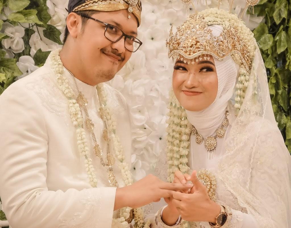 Tips menabung untuk biaya pernikahan