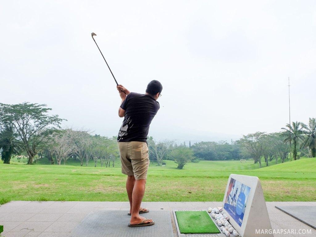 Driving range di R Hotel Rancamaya