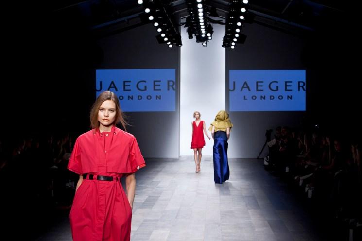 photo: London Fashion Week Jaeger Catwalk Show by Margaret Yescombe Fashion Photographer London