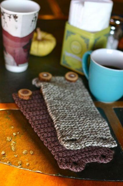 Un mug cozy qui semble assez simple à faire! Ça fait longtemps que j'en veux un en plus!