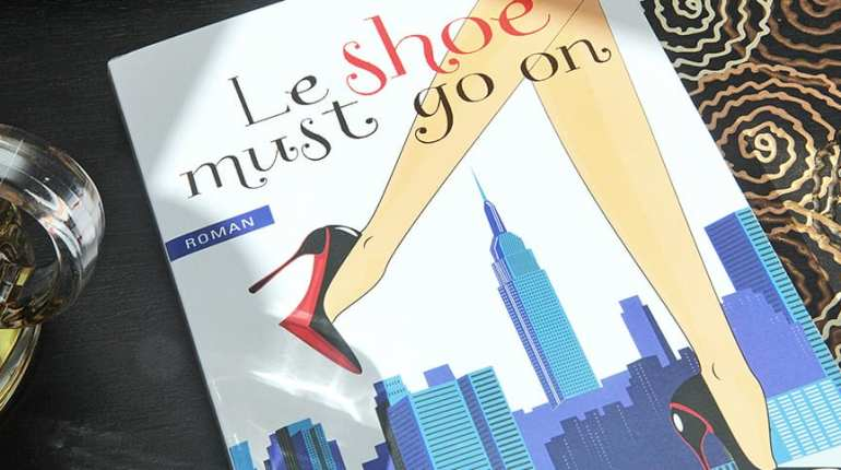 Le shoe must go on