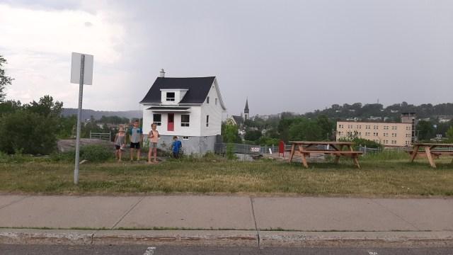 Petite maison blanche Saguenay-Lac-st-jean