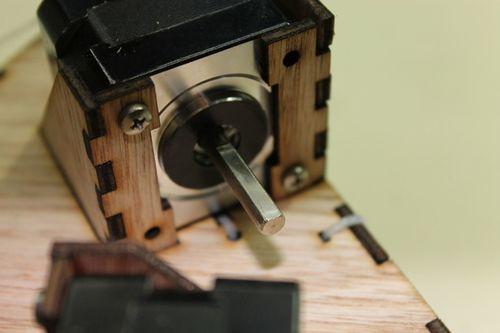 DeltaRobot8 adding arm to motor shaft.jpg