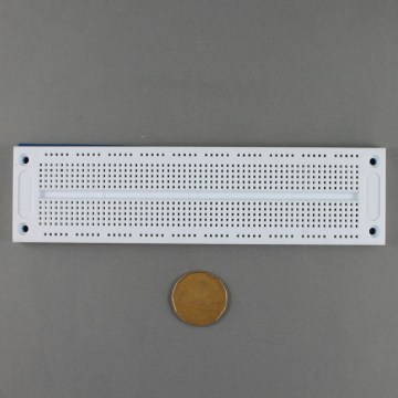 elec-0067 700 point solderless breadboard