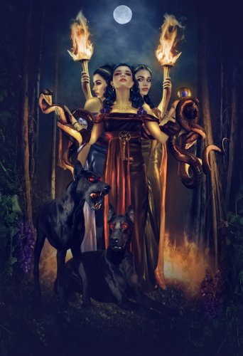 hecate_by_mari_na - Margit Glassel