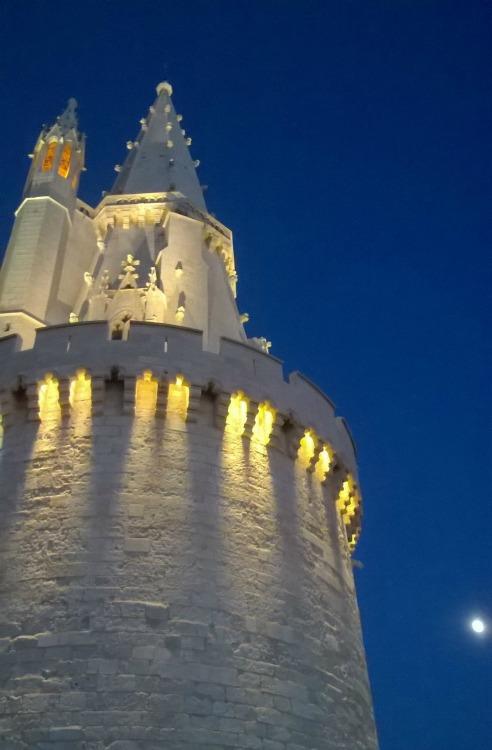 La Rochelle en fête, La Rochelle Féerique, Tour de La Lanterne par Marguerite La Rochelaise