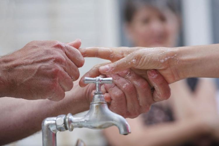 Fêtes le Pont La Rochelle - Manuel laveur de mains