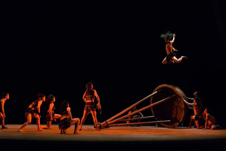 Teh Dar Nouveau Cirque du Vietnam La Coursive La Rochelle