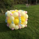 This design is perfect for baby showers, can be pink or blue and can also be for indoors or outdoors.