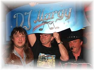 Margy (links)