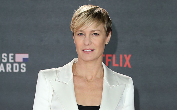 Claire Underwood Outfits