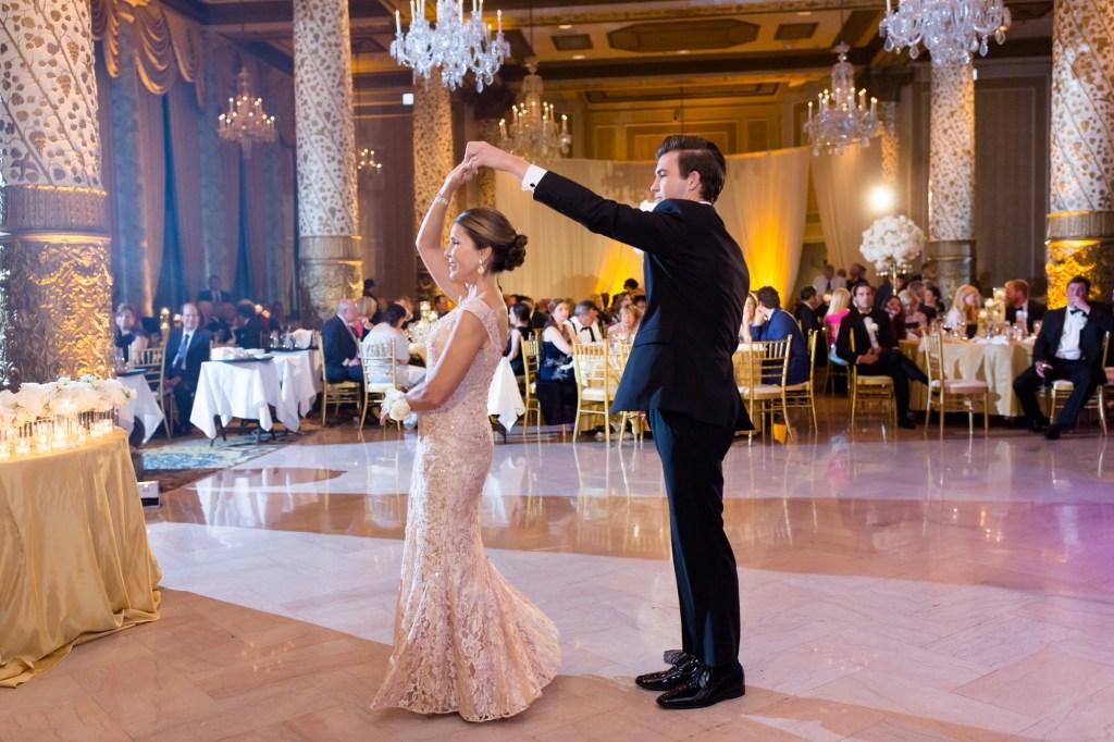 The Drake Chicago Wedding_0059.jpg