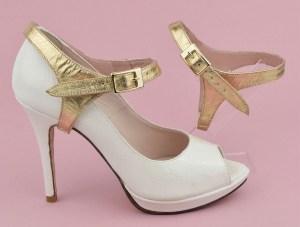 maintenir ses escarpins avec des brides amovibles or