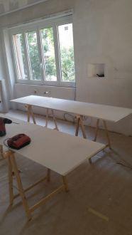 Work in progress rivestimento in resina cucina bianco panna e marrone (14)